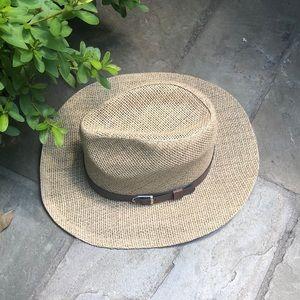 Natural fibers hat